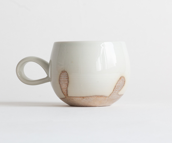 白釉カップ01