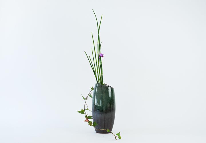 ビードロ櫛目花器01