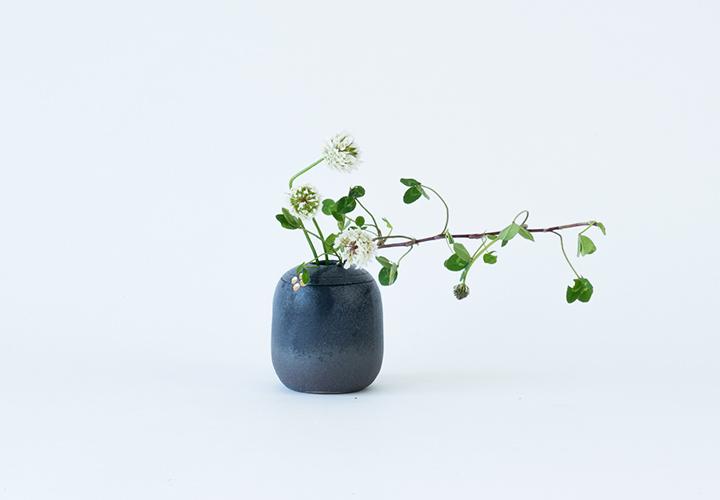 金彩小花ミニ花器01