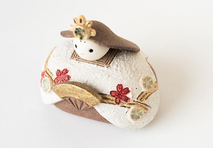 信楽焼明山いわいの細部までこだわった雛人形装飾