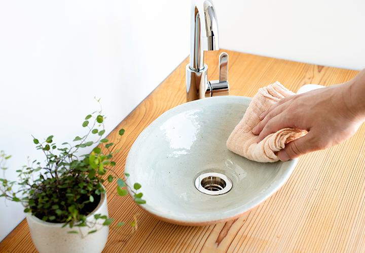 火色楕円手洗鉢(小)のメンテナンス