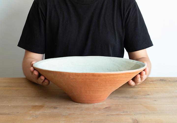 火色楕円手洗鉢(中)のサイズ感
