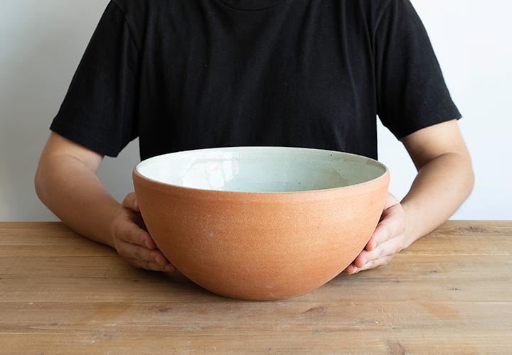 火色丸型手洗鉢のサイズ感