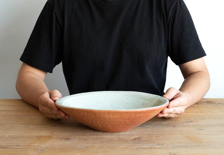 火色楕円手洗鉢(小)のサイズ感
