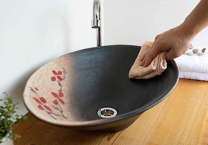 赤絵付楕円手洗鉢(W50cm)のメンテナンス