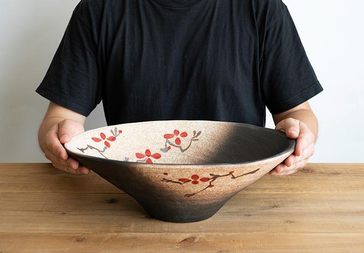 赤絵付楕円手洗鉢(W40cm)のサイズ感